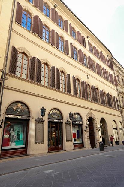 Firenze, Via De'Tornabuoni, 17
