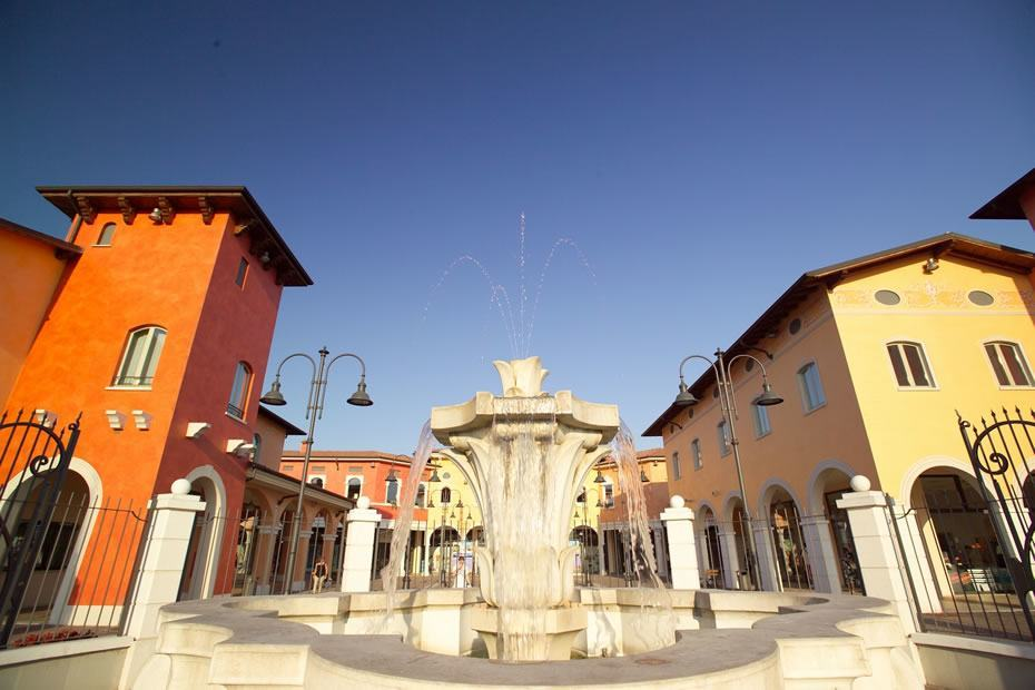 Mantova Outlet Village - Kryalos
