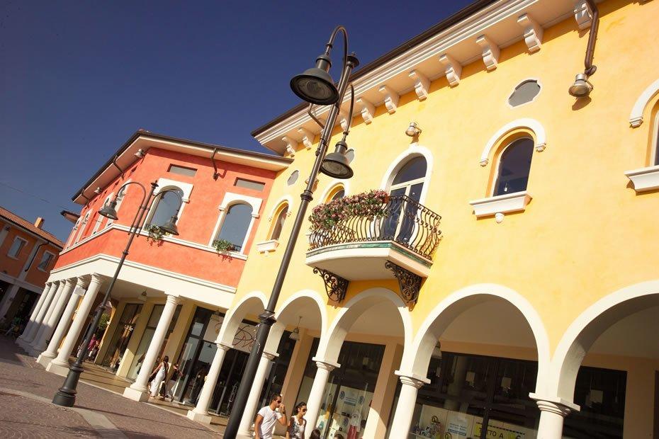 Mantova, Via Marco Biagi | Kryalos SGR