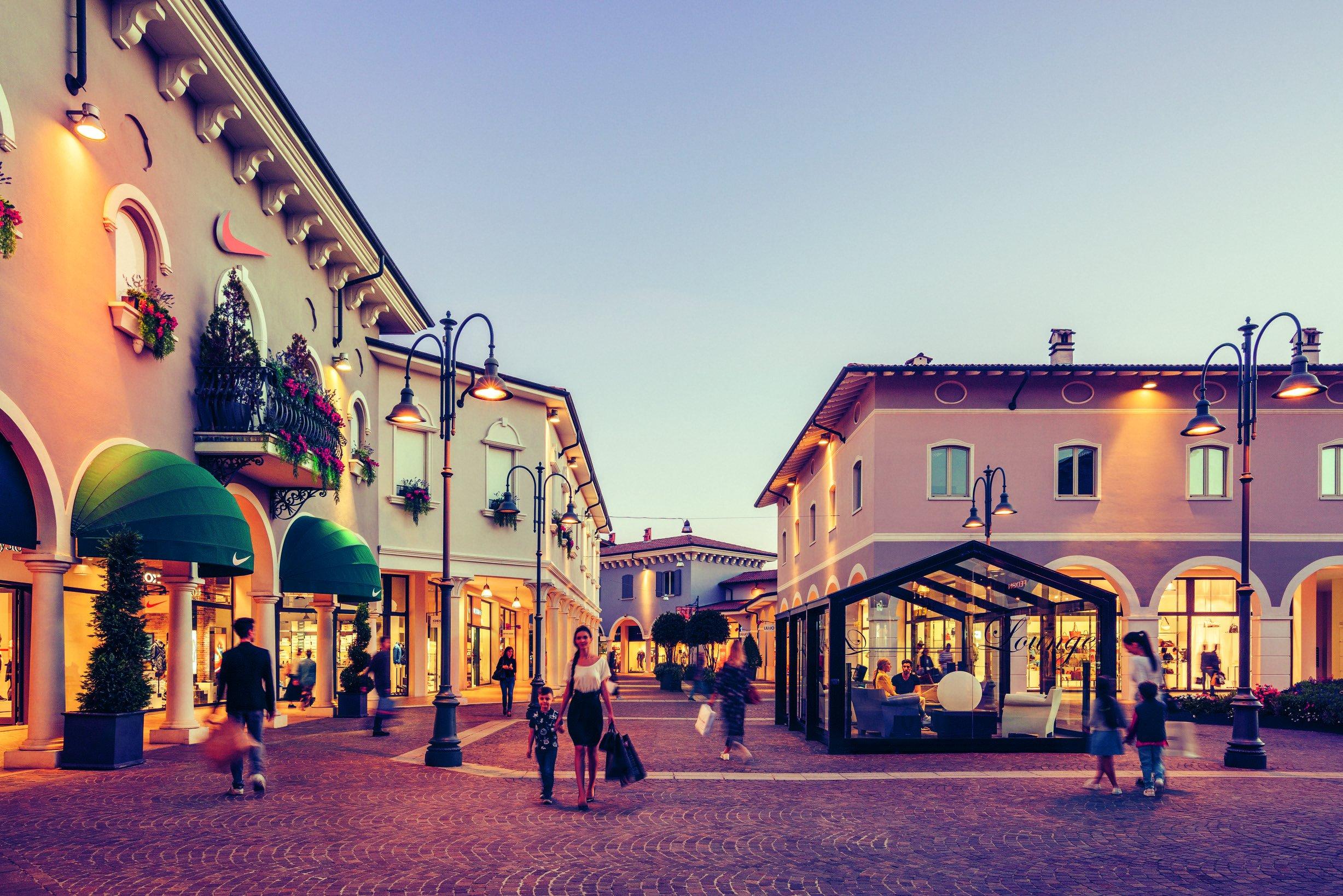 Mantova Outlet Village - Kryalos